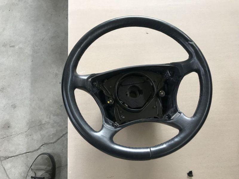 Lenkrad mit Airbag und LenkradheizungMERCEDES-BENZ S-KLASSE (W220) S 320